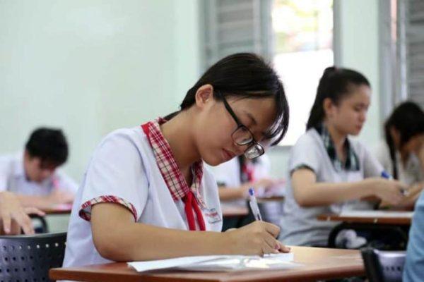 Lớp 11 là giai đoạn nền tảng quan trọng nhất của bậc THPT