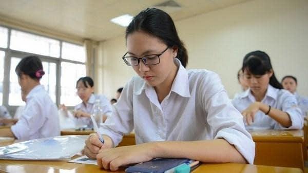 Lớp 12 là năm học quyết định đến tương lai, sự nghiệp của các em